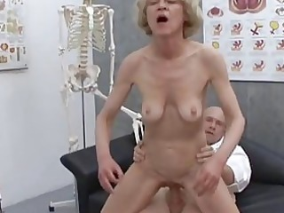 aged granny blonde marie fucking with doctor