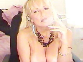 smokin fetish mother i blond