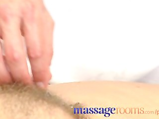 massage rooms aged woman with hirsute snatch