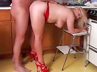aged pornstar lizzy liques can to fuck