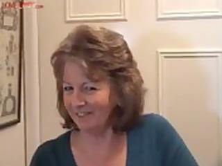 delicious british granny enjoys a wonderful wank,