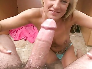 sexy blonde d like to fuck honey acquires nailed