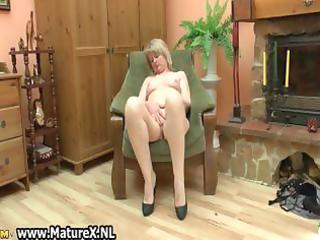 sexually excited aged housewife t live without to