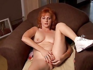 older dilettante redhead squirts