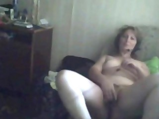 anna 76 years divocerd d like to fuck cums at home