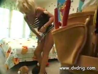 hot blond d like to fuck zarina has coarse sex