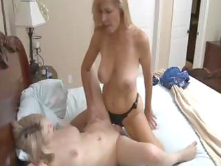 hawt golden-haired cougar mommy uses a dong to