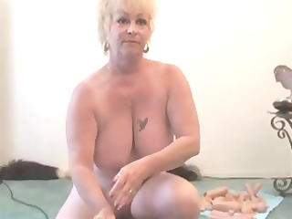 grannies - one sybian - granny squirts