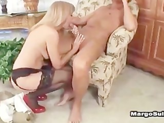 sexy aged cougar jessica sexxxton bangs in heels
