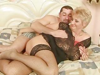 grandma enjoys wonderful sex with her boyfriend