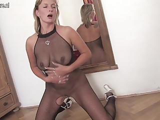 blond older mama at fishnet getting an big o