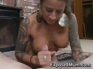 round bigtits tattooed mamma fireplace part8