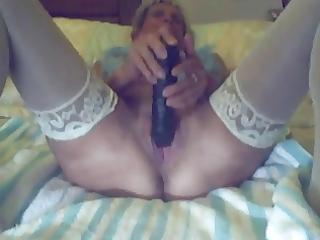 livecam granny takes hugh dark vibrator