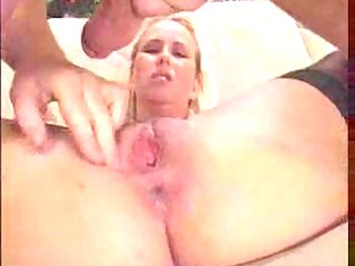 maid s creampie and licked by her older boss.f24