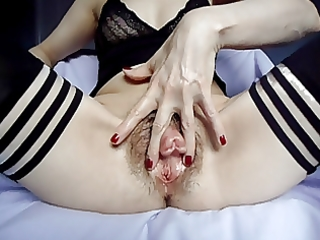 mature plays with shaggy pumped wet crack