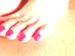 hawt turkish mother i soles and toes modelling