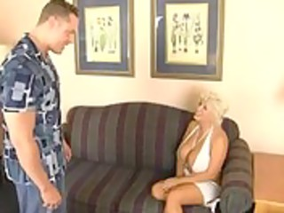 breasty blonde cougar mother i getting screwed as