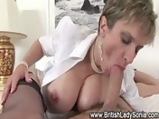 aged stocking fetish wench oral job fuck
