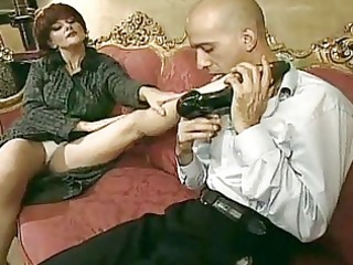 lascivious mom can to smack a cock