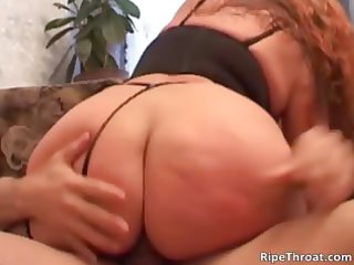 plump slutty d like to fuck with massive penis