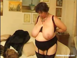 older big beautiful woman takes it is in the arse