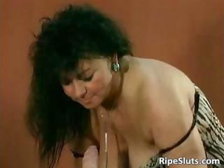 giant mounds make this mommy hot as she is part4