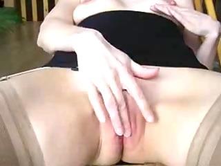 Masturbation and spunk fountain on firm titty