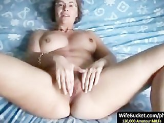 aged wife finger fuck