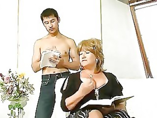 chubby mature screwed by oriental chap