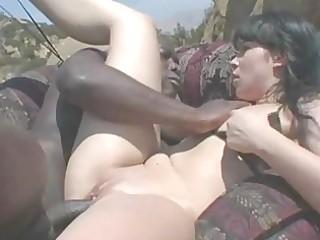 bootylicious black haired momma in bikini gets