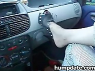 wife gives hubby tugjob and footjob in their car