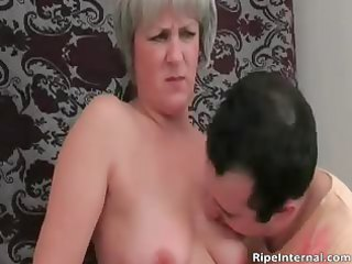 hot blond d like to fuck receives exposed for her