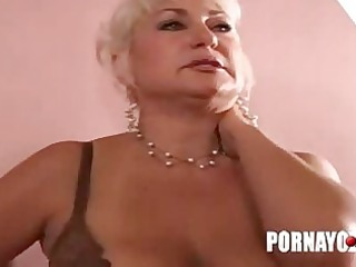 old overweight mother i gives oral-service and