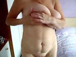 mummy rubbing her fur pie in tanning bed. hidden